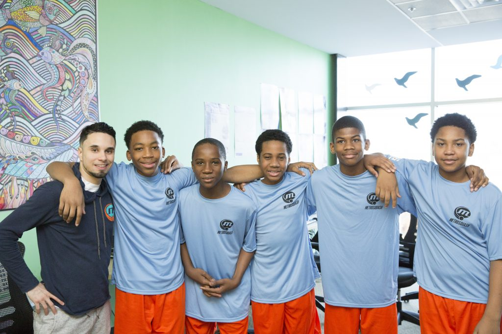 Chicago's MetroSquash students and Squash Director Seetreeon Torres